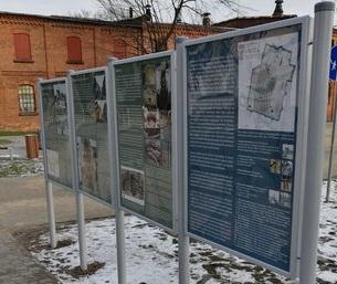 tablice historia leszno słowackiego - leszno.pl