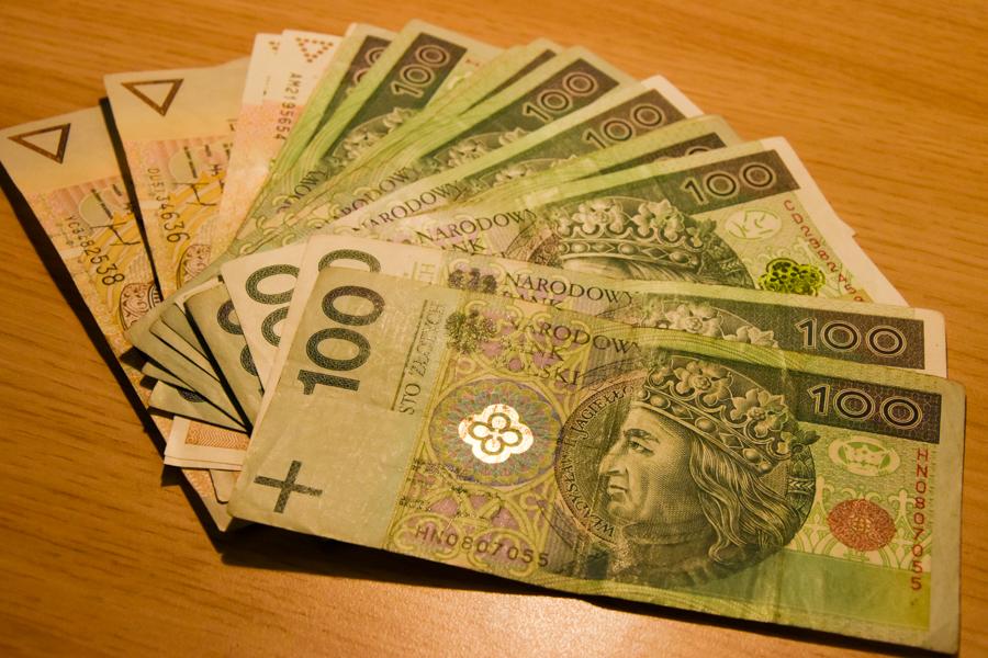 kasa polski złoty pieniądze banknoty - Wojtek Wardejn
