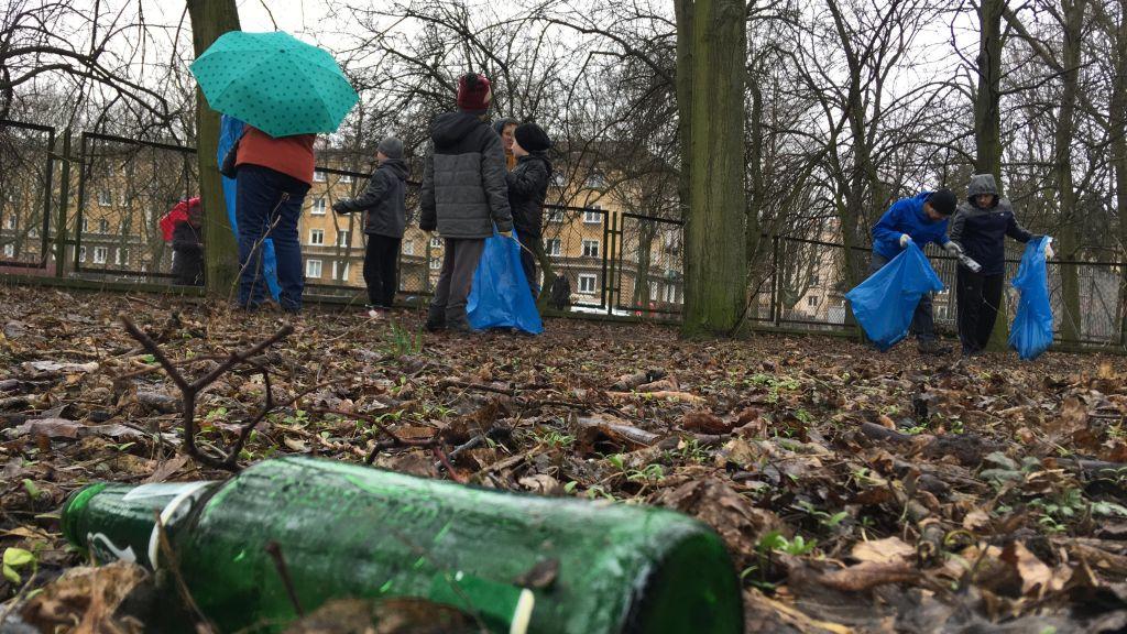 sprzątanie parku kasprowicza - Michał Jędrkowiak