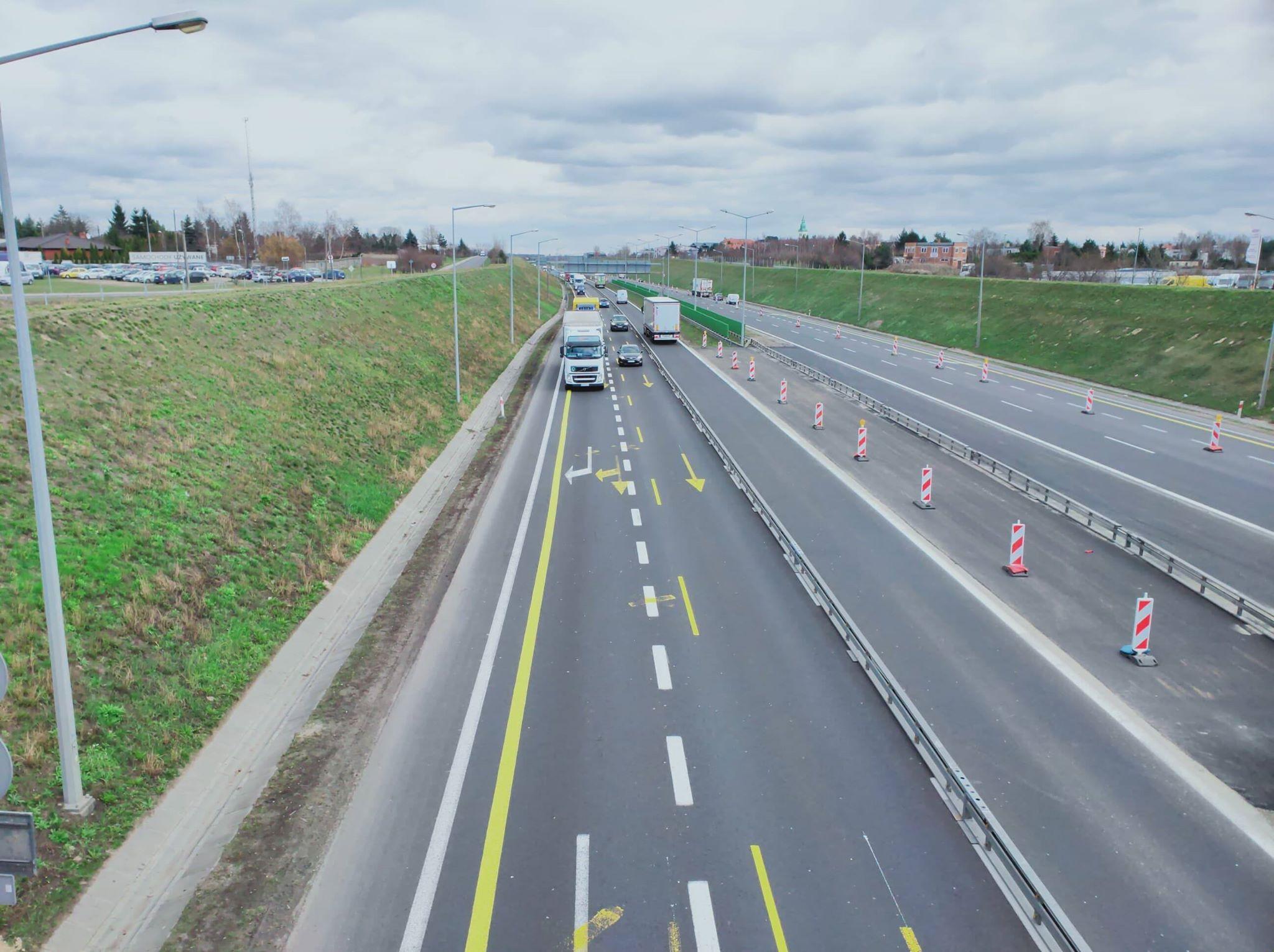 autostrada a2 zwężenie tiry 02 - Maciej Krzywoszyński