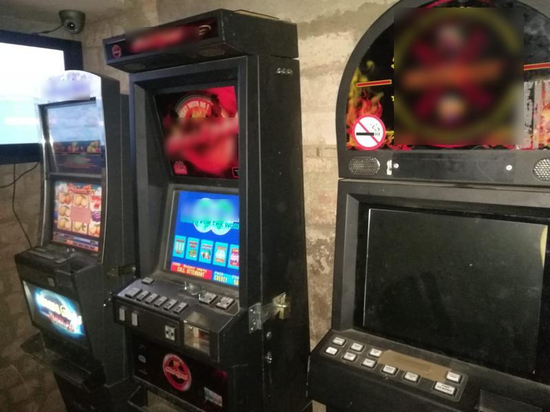 nielegalne automaty hazard jednoręki bandyta - KMP Leszno