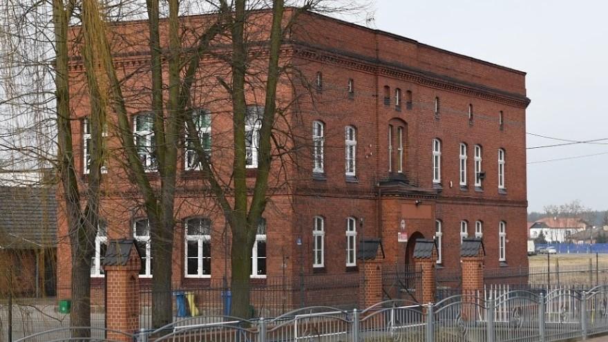 szkoła w Rydzynie  - google maps