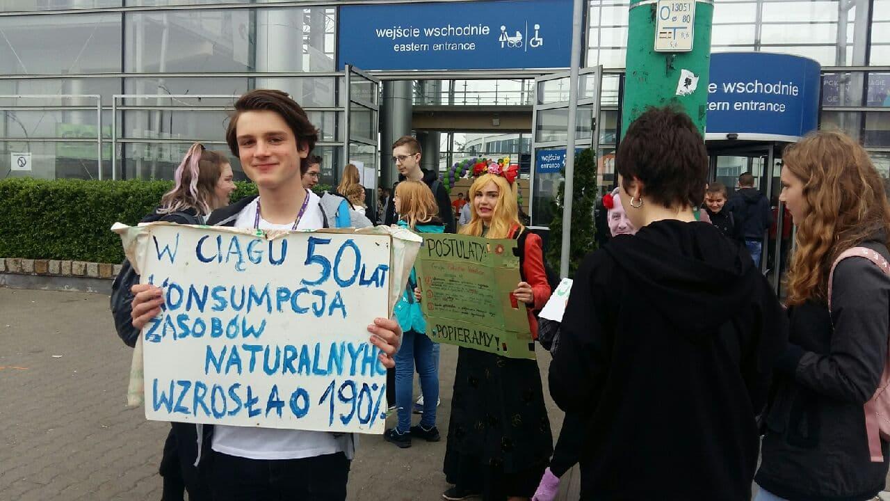 demonstracja młodych w sprawie klimatu targi - Magdalena Konieczna
