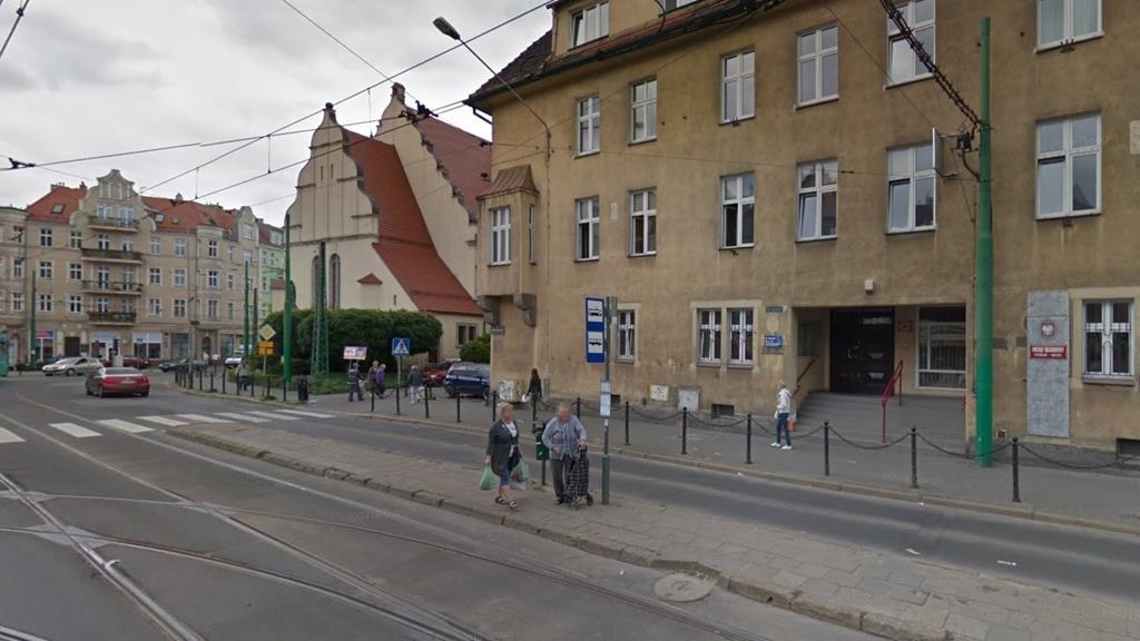 rynek wildecki przystanek - Google Maps