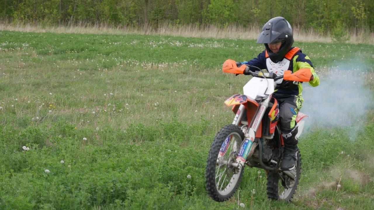 sezon motocrossowy lubostowo - Sławomir Zasadzki