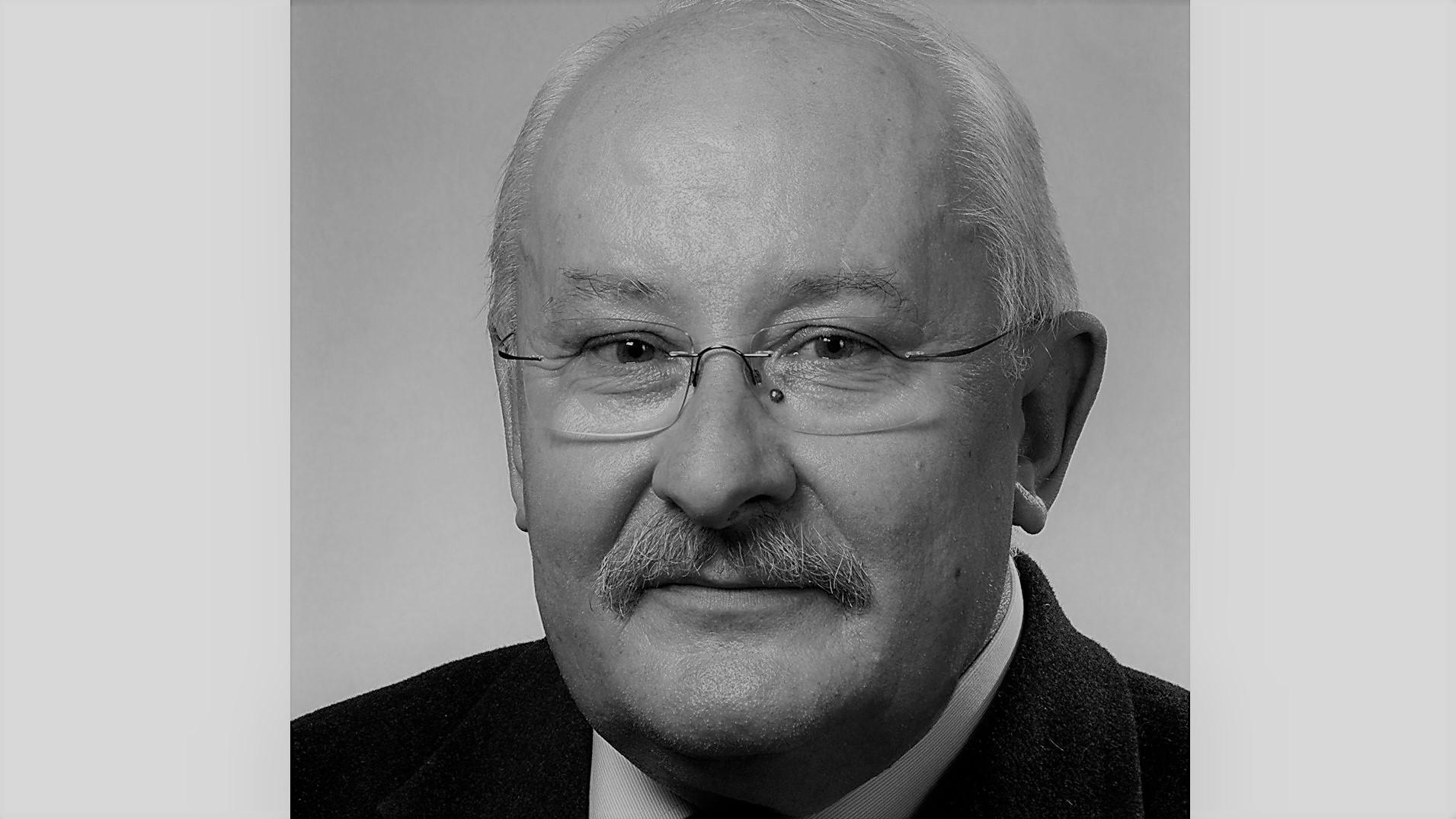 prof. Maciej Serwański - Wikipedia/Piotr Namiota
