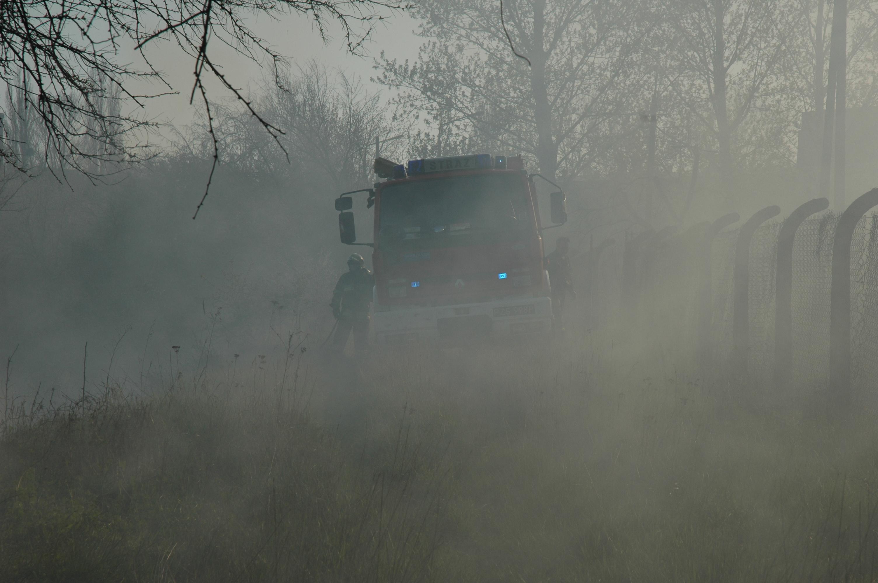 straż pożarna strażacy wóz strażacki - Wojtek Wardejn (Zdjęcie poglądowe)
