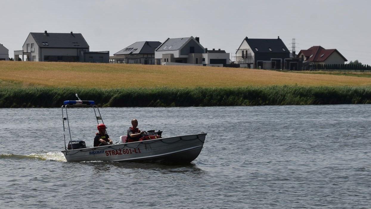 Poszukiwania windsurfingowca na jeziorze Grzymisławskim - Nadesłane
