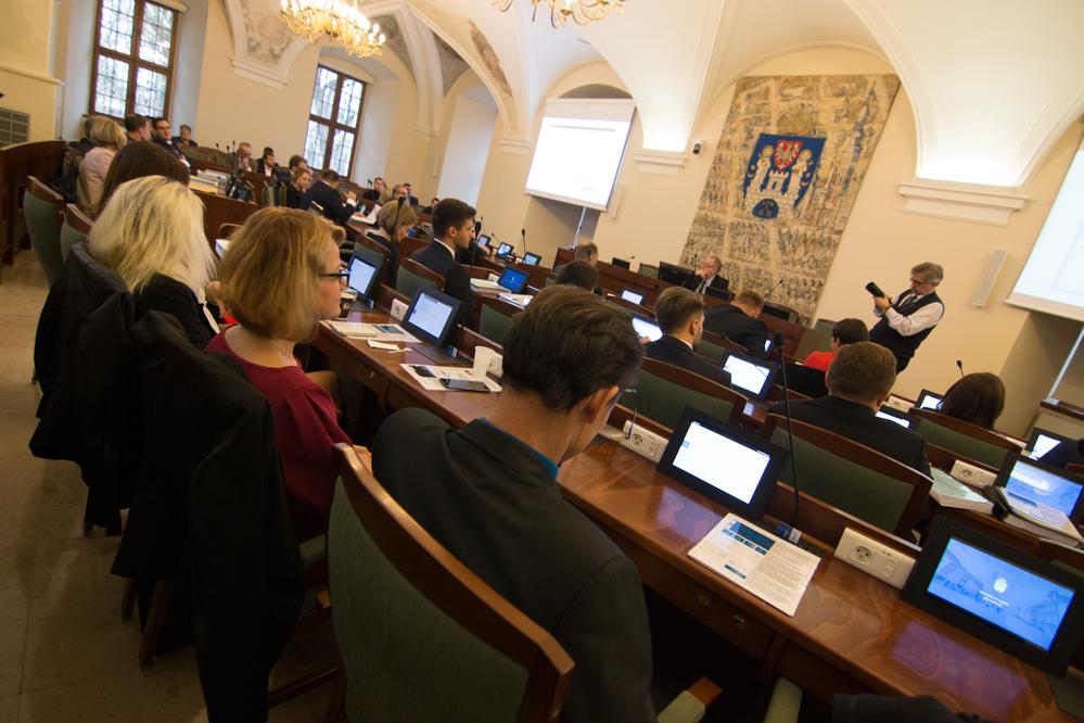 sesja rady miasta poznań radni - Wojtek Wardejn