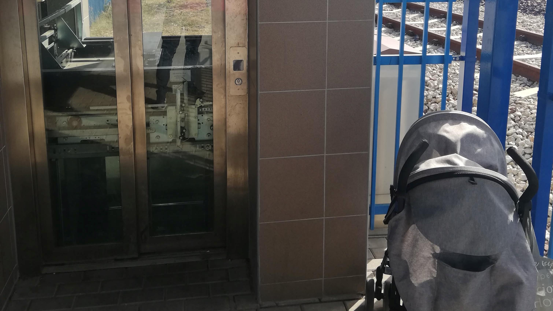zepsute windy czempiń pkp dworzec - Słuchacz