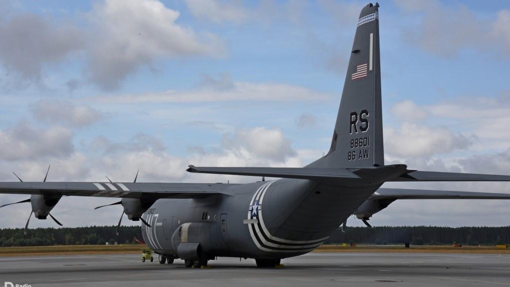 amerykański hercules - 3. Skrzydło Lotnictwa Transportowego