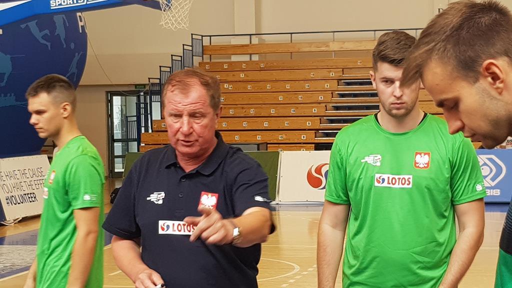 Eugeniusz Kijewski  - Grzegorz Hałasik