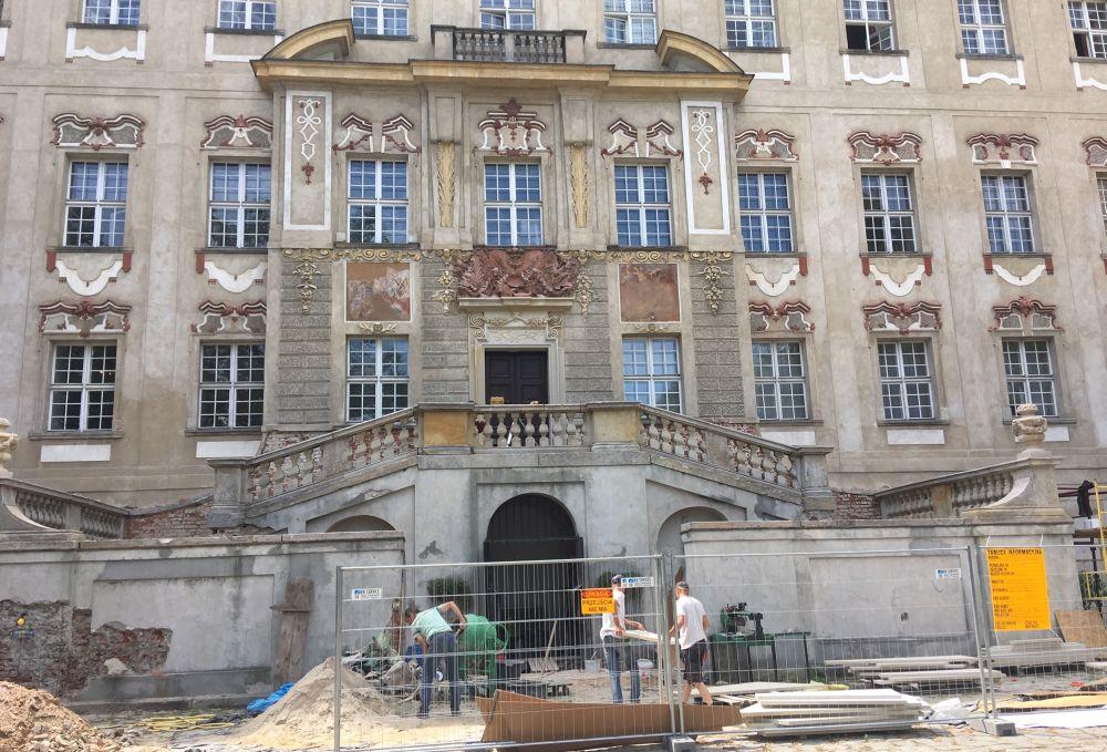 zamek rydzyna remont - Jacek Marciniak