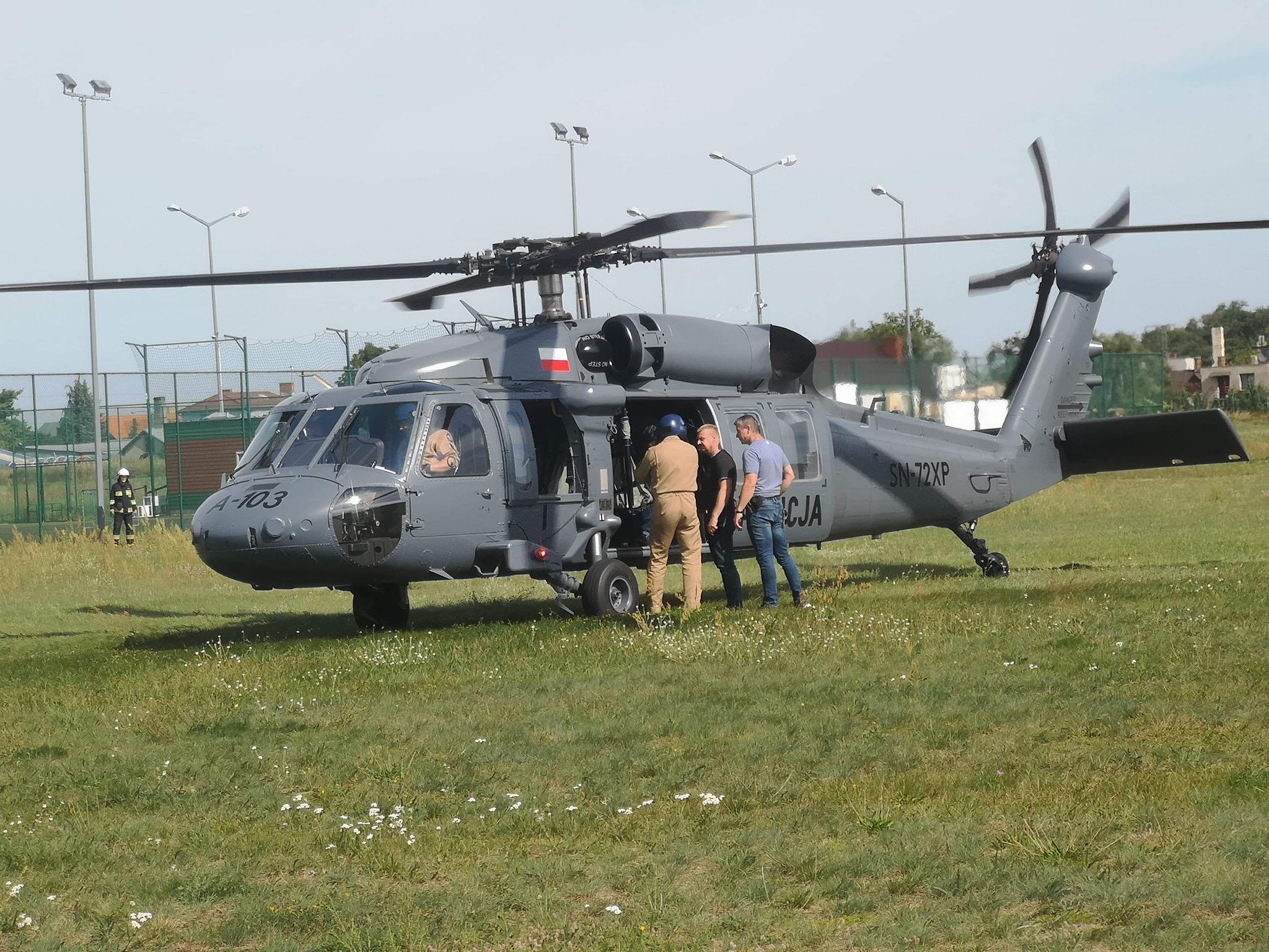 black hawk lądowanie zduny poszukiwania  - Stowarzyszenie Szukamy i Ratujemy