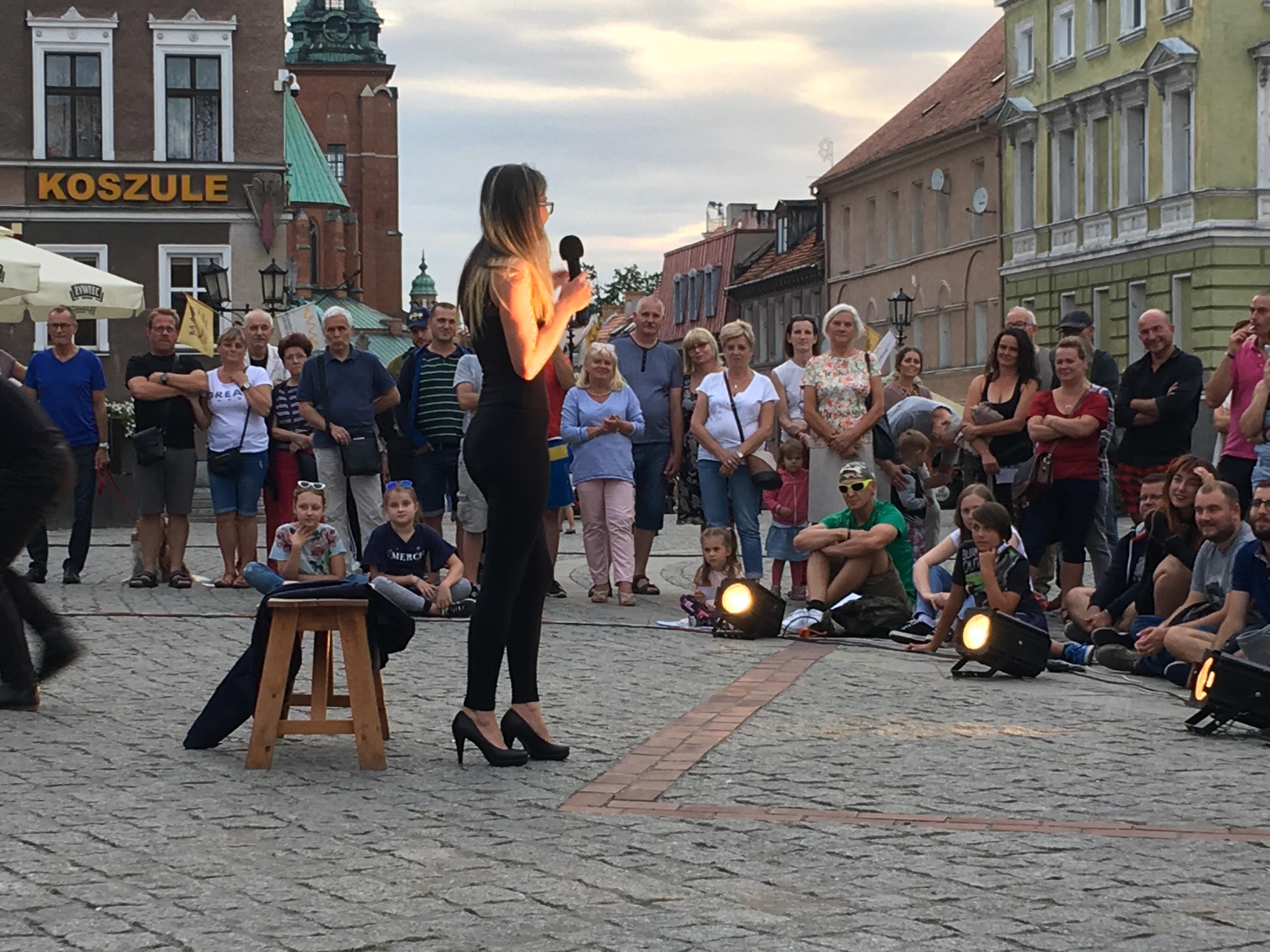 """weekend teatrów ulicznych """"Bez kurtyny"""" - Rafał Muniak"""