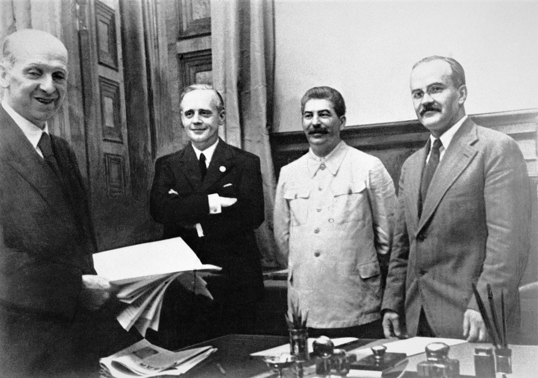 pakt Ribbentrop-Mołotow - Wikipedia
