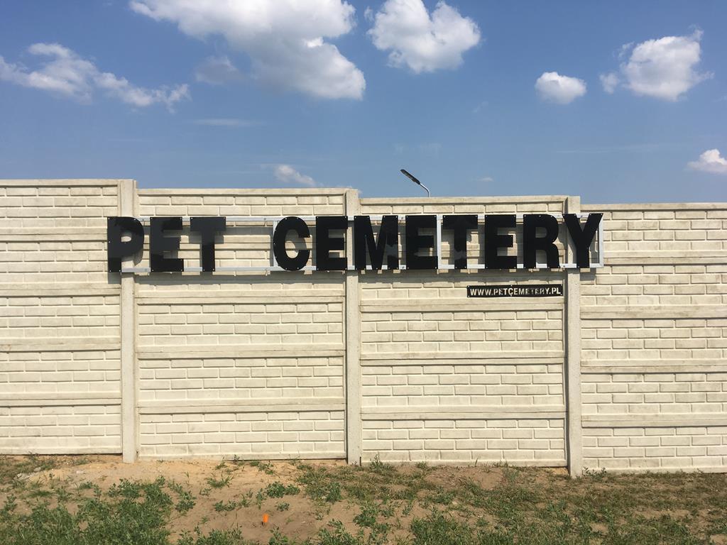 cmentarz dla zwierząt - Rafał Regulski