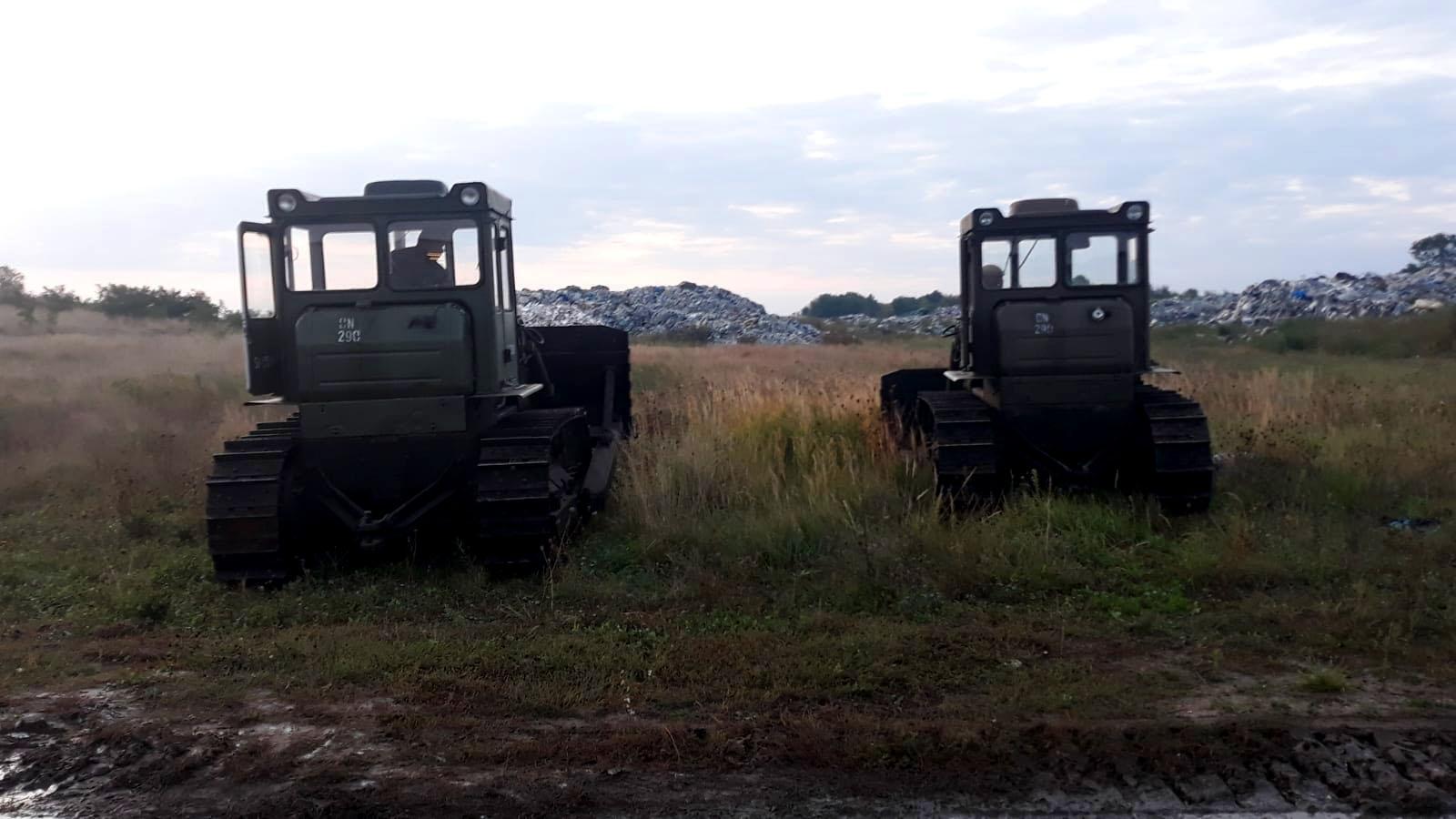 śmieci wojsko pysząca - Michał Czubak - Twitter