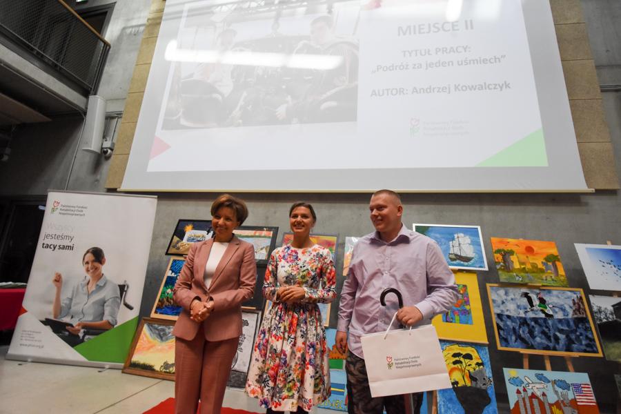 """regionalny etap konkursu """"Sztuka Osób Niepełnosprawnych - Wojtek Wardejn"""