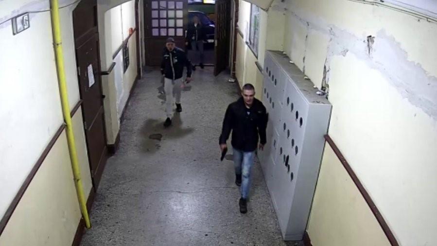 podejrzani sprawcy pobicia  - www.poznan.policja.gov.pl