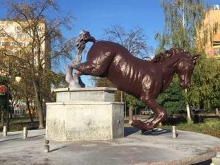 koń konin rzeźba konia - FB: Konin. I love it.