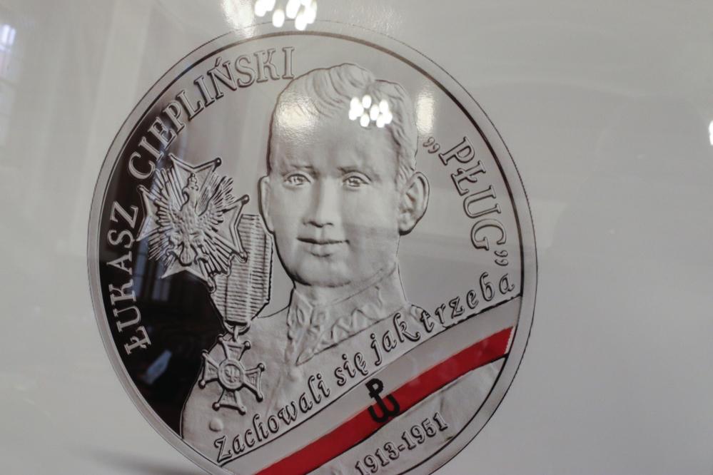 Łukasz Ciepliński na monecie - Leon Bielewicz