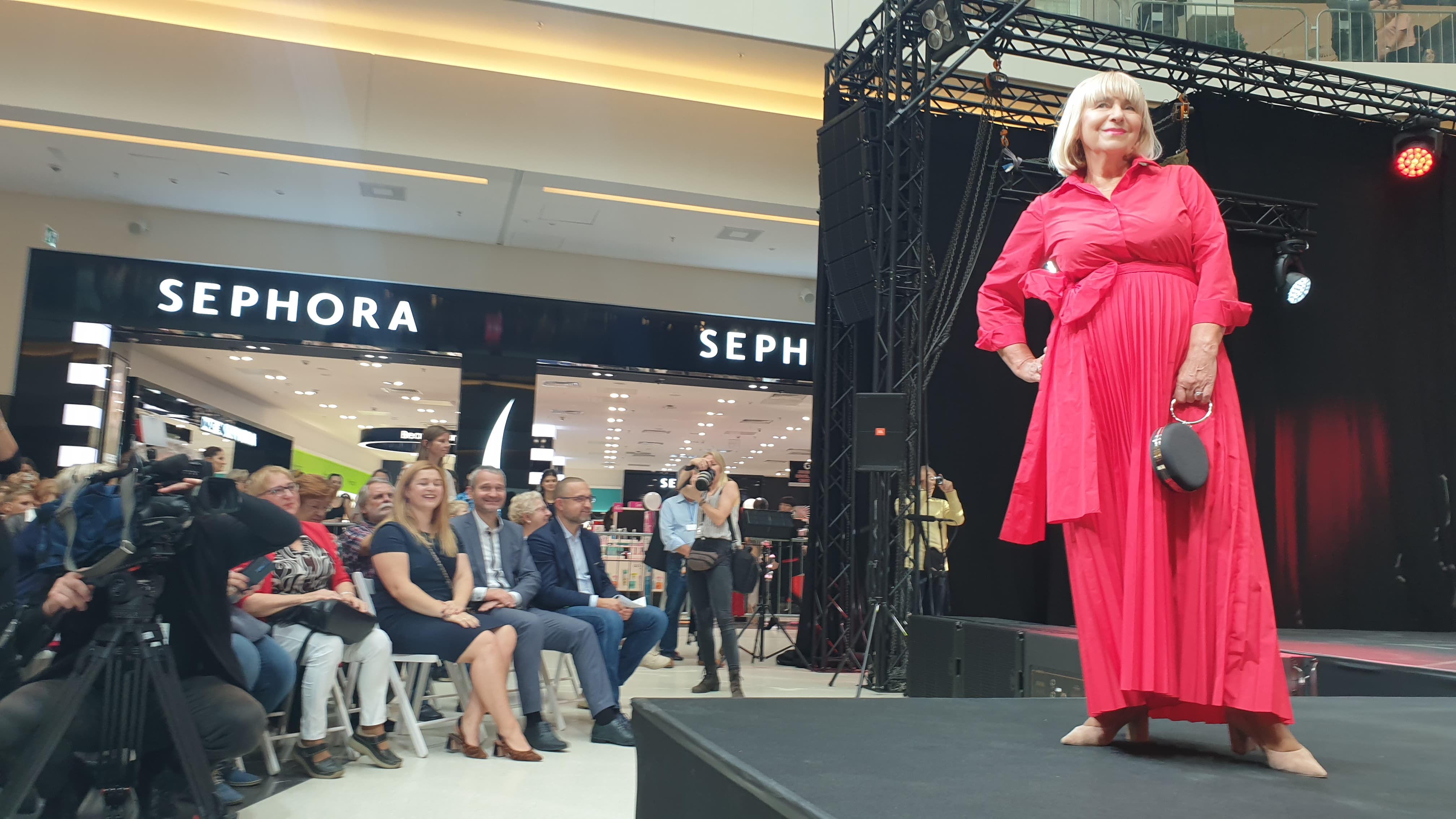 seniorzy pokaz mody - Michał Jędrkowiak