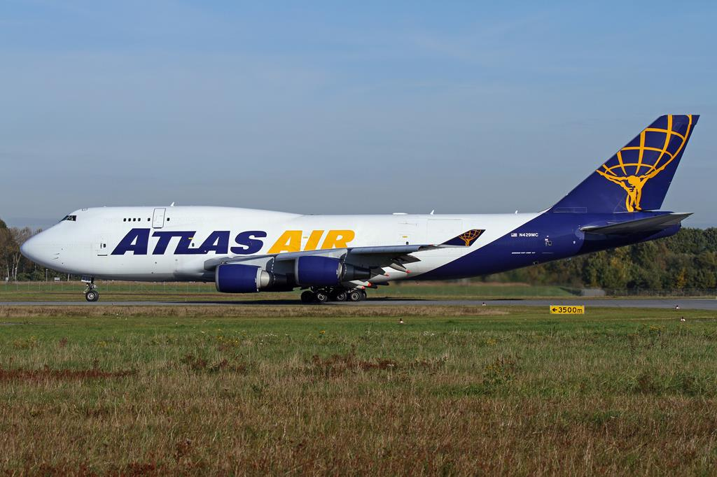 Boeing 747 - Wikipedia
