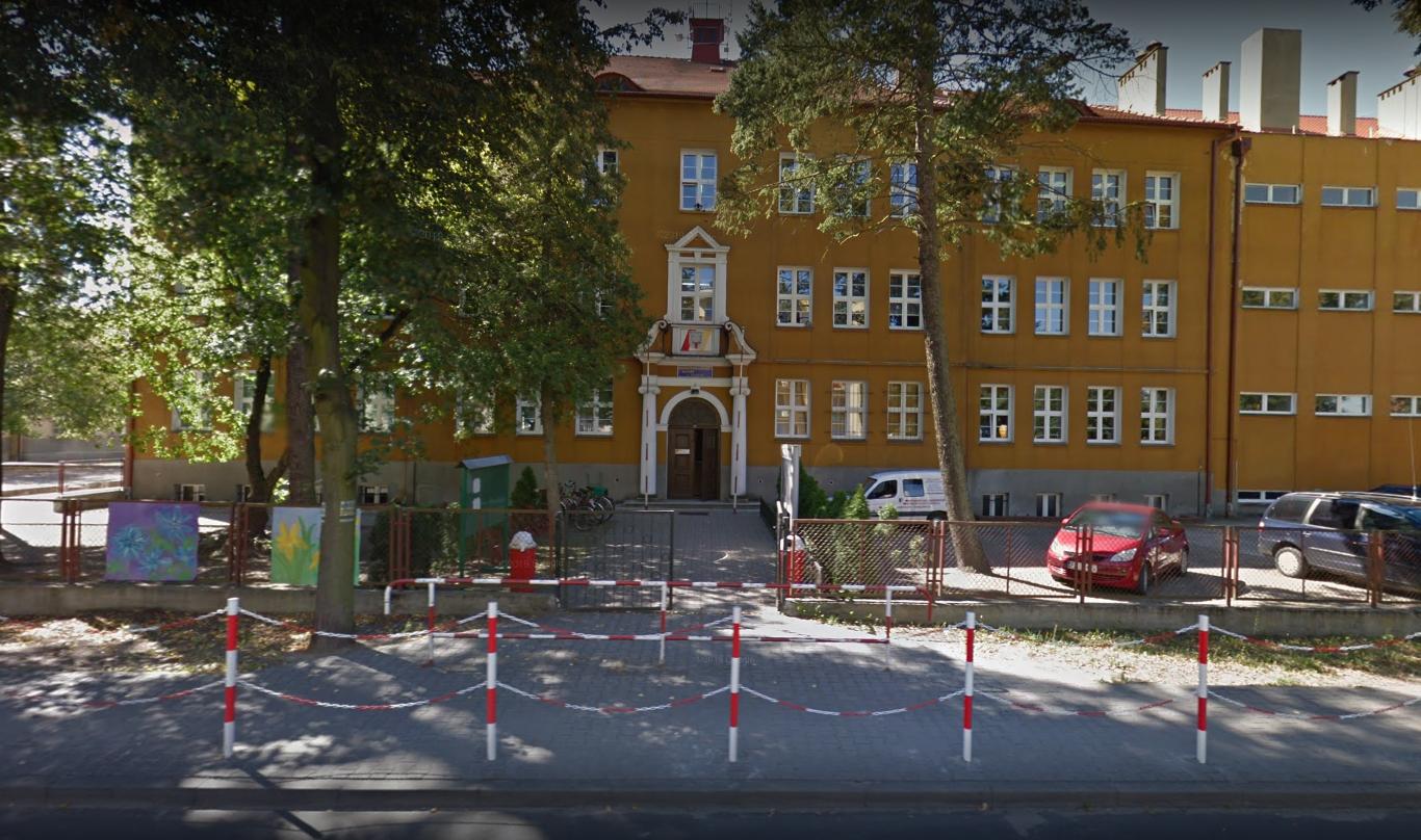 sierakowski ośrodek kultury - Street View