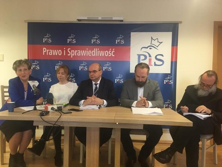 Kaliscy radni PiS o budżecie Artur kijewski - Danuta Synkiewicz