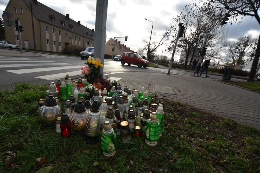 znicze wypadek potrącenie dębiec  - Wojtek Wardejn - Radio Poznań