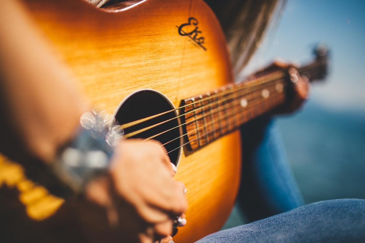 muzyka country gitara - Pexels