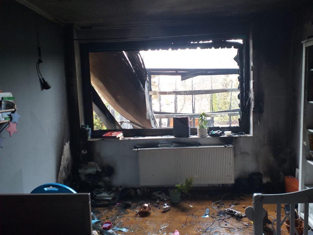 spalony dom w pniewach pomoc olek - zrzutka.pl