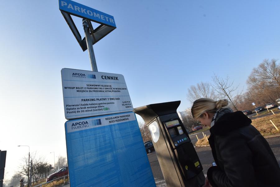 parking szpital strusia  - Wojtek Wardejn