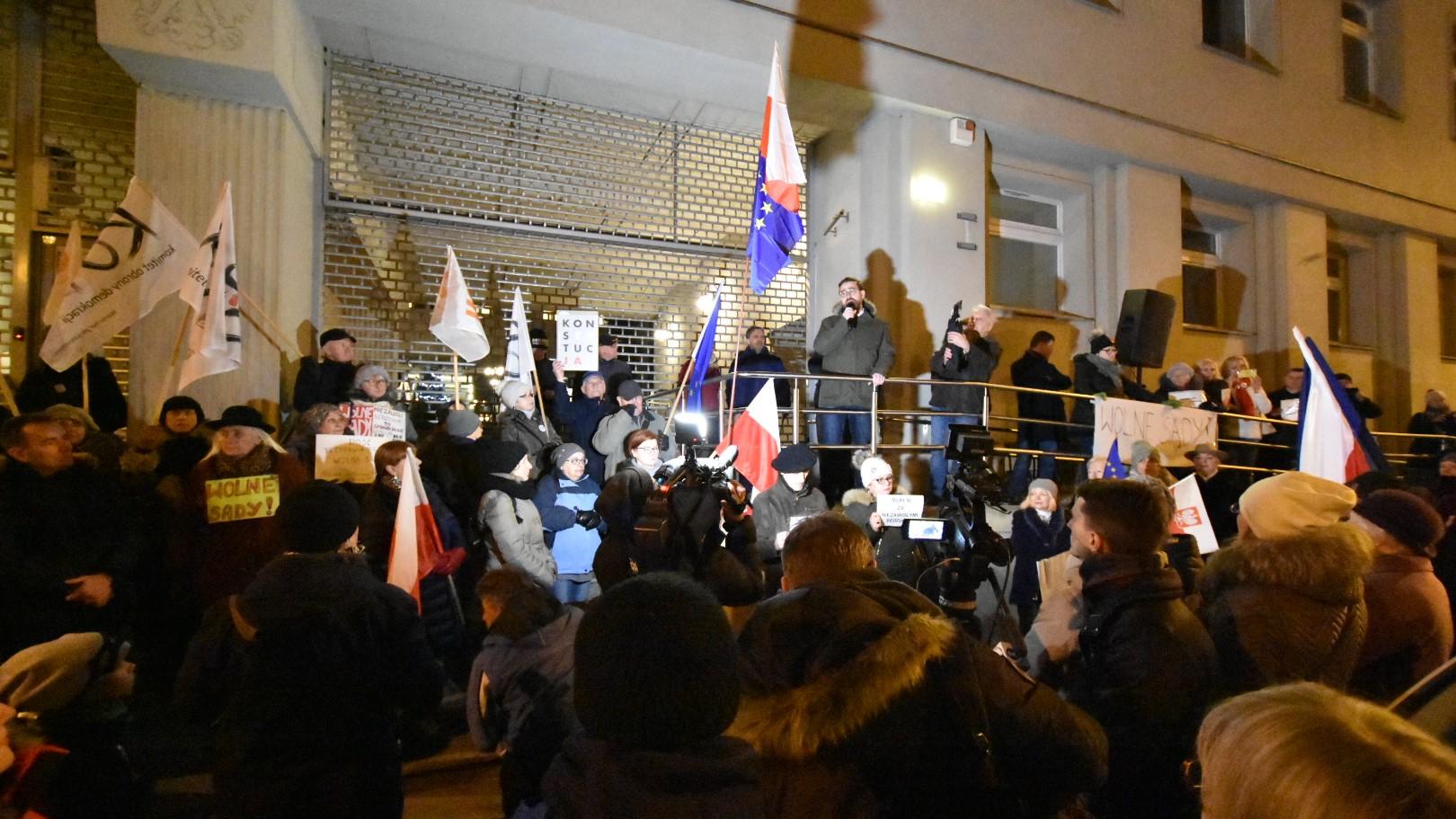 protest sąd - wojciech wardejn