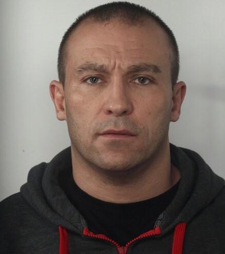 Olgierd Michalski poszukiwany za zabójstwo dominika sikory  - Wielkopolska Policja