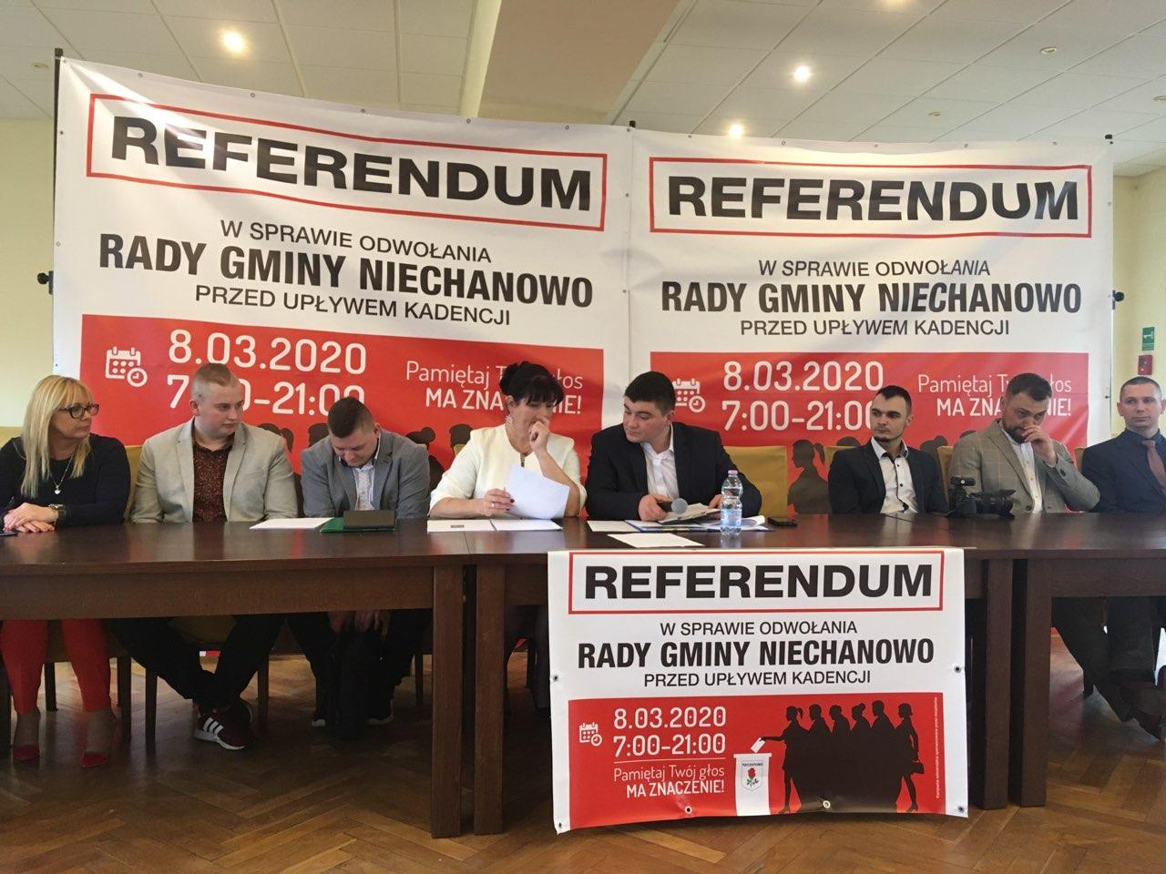 referendum niechanowo odwołanie rady - Rafał Muniak