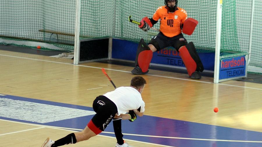 Klubowy Puchar Europy w hokeju na trawie  - UMP
