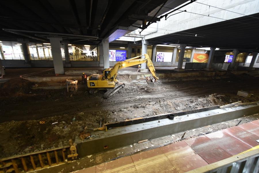 Nowy peron i podziemne przejście na dworcu - Wojtek Wardejn