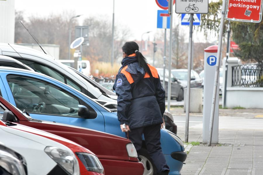 parking opłata służba parkingowa  - Wojtek Wardejn