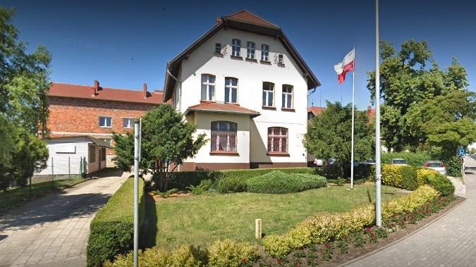 urząd miasta miłosław - Google Maps