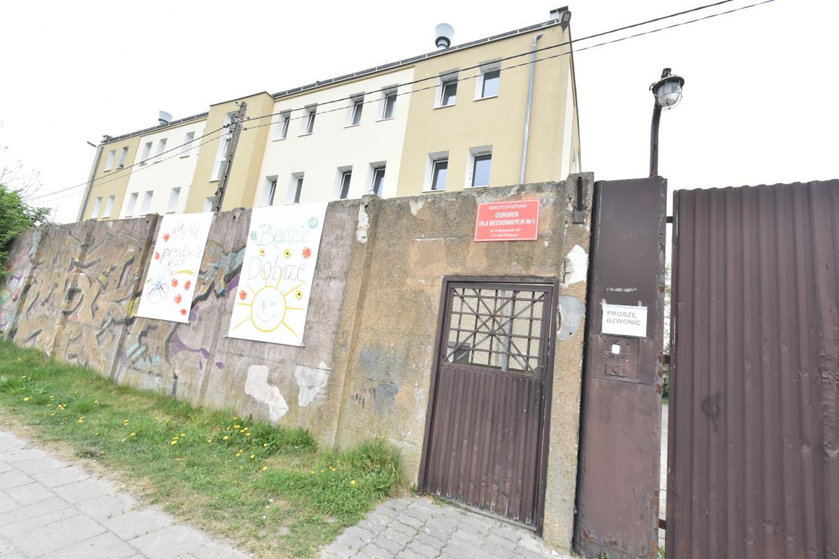 bezdomni kwarantanna kontenerowe izolatki  - Wojtek Wardejn - Radio Poznań