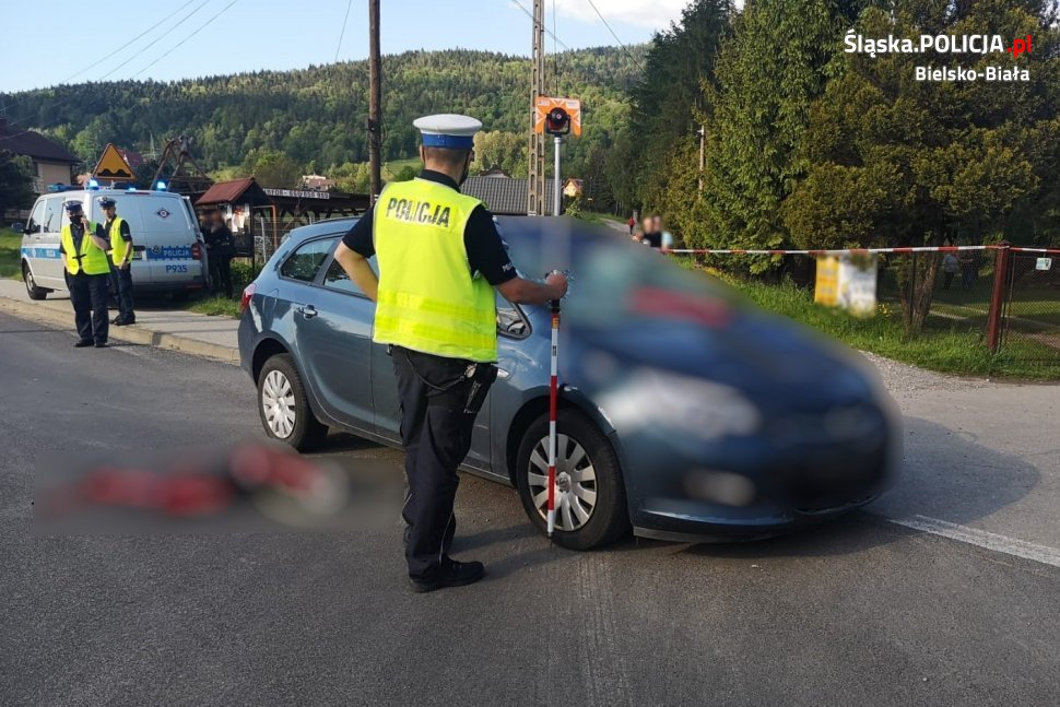 Wypadek kolarek wilkowice  - Śląska Policja
