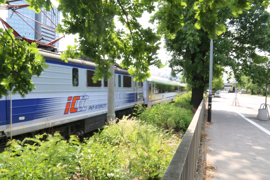 pociąg kolej intercity - Leon Bielewicz - Radio Poznań