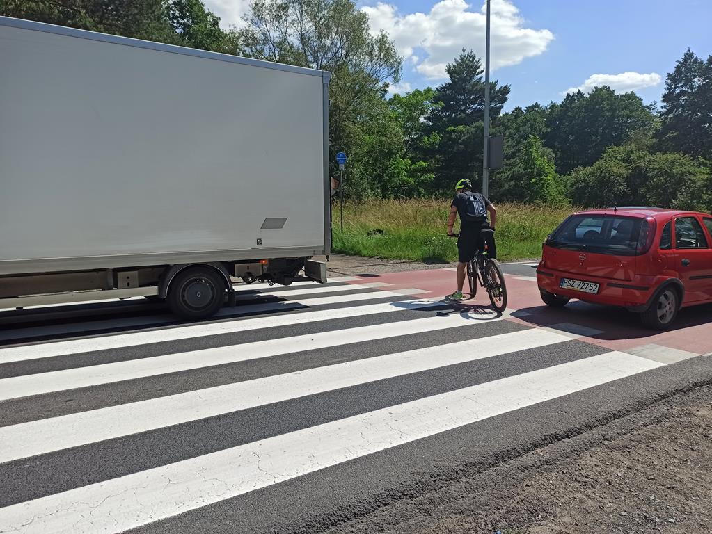 interwencja przejazd dla rowerów droga nr 92 w okolicach woli - Bartosz Garczyński