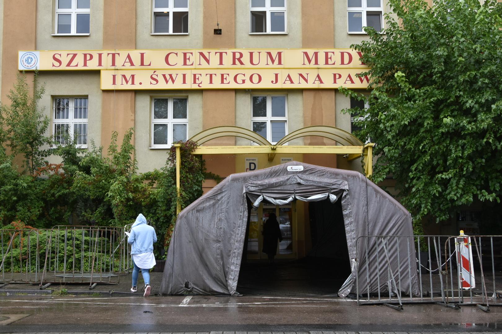 koronawirus hcp szpital hcp - Wojtek Wardejn