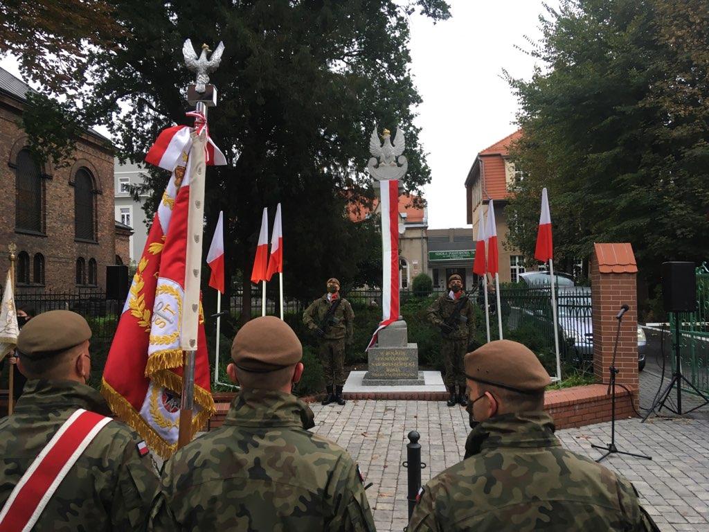 Kolumnę zwycięstwa odsłonięto w centrum Gniezna - Rafał Muniak