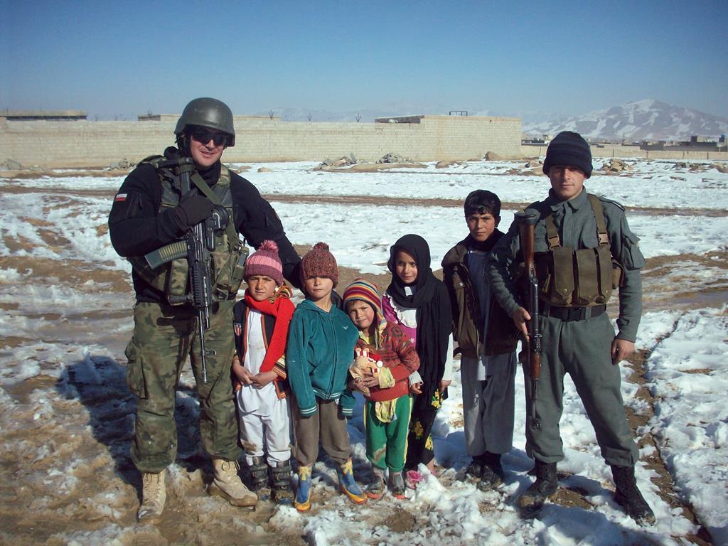 dary dla afgańskich dzieci  - Redemptoris Missio