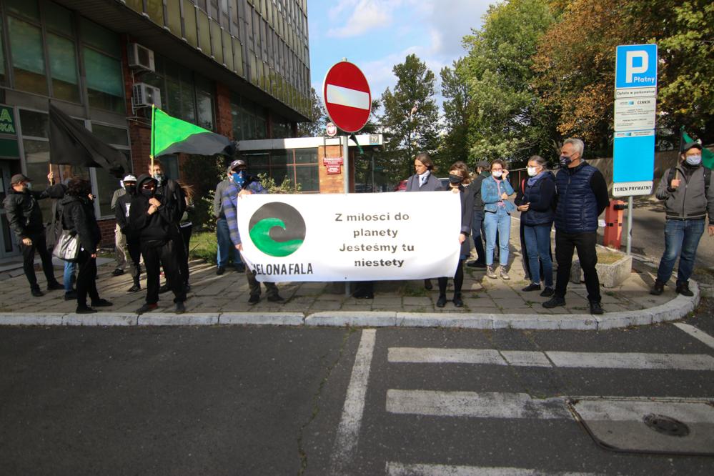 Kolejny protest przeciwko wycince drzew przy Kurlandzkiej w Poznaniu - Leon Bielewicz
