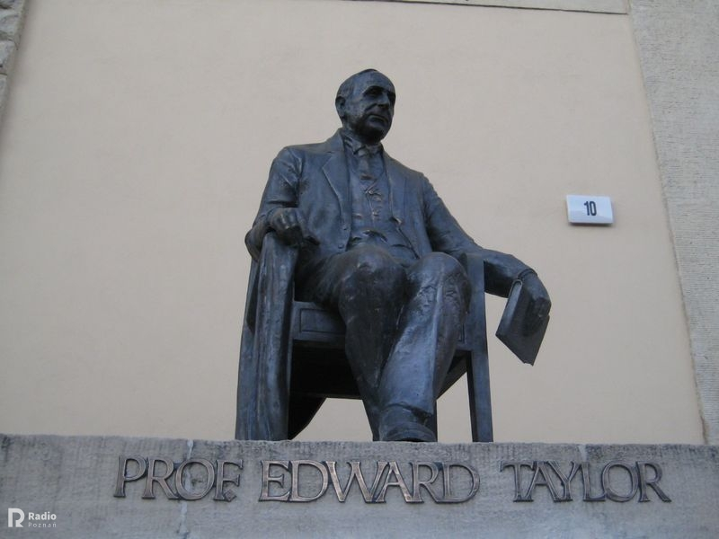 pomnik edward taylor  - Jacek Butlewski
